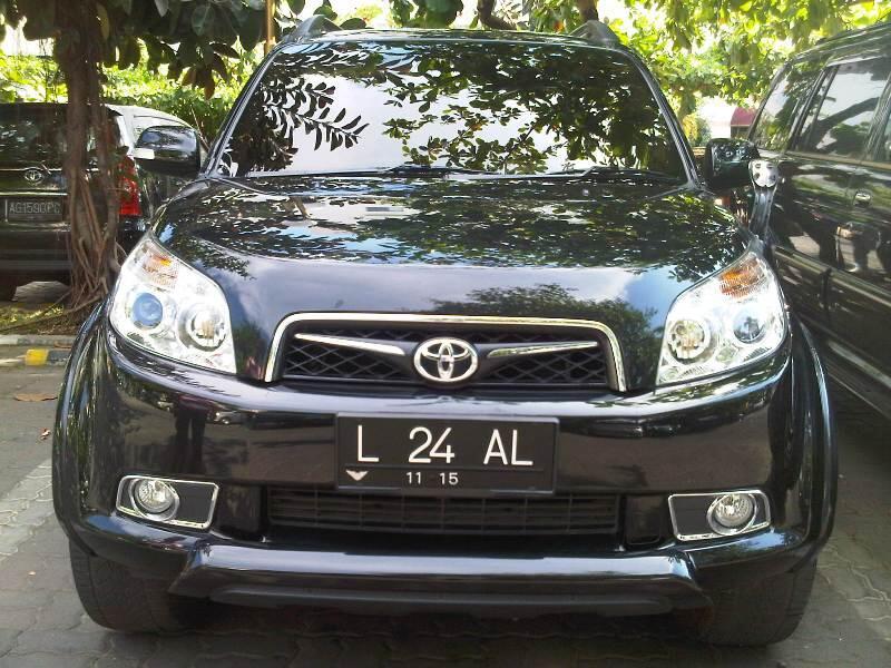 WTS Toyota RUSH tahun 2010 SURABAYA