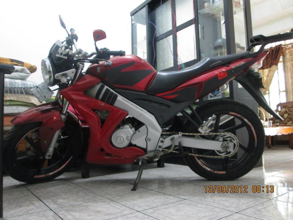 motor vixion 2007 velg ban gede ++ban velg ori juga...masuukk