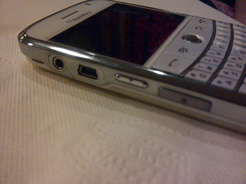 DIJUAL : Blackberry 9000 Bold white edition carrier AT&T 2nd mulus