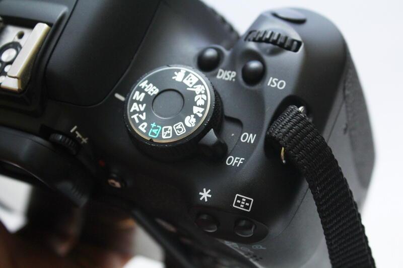 Camera DSLR Canon EOS 600D Body Only