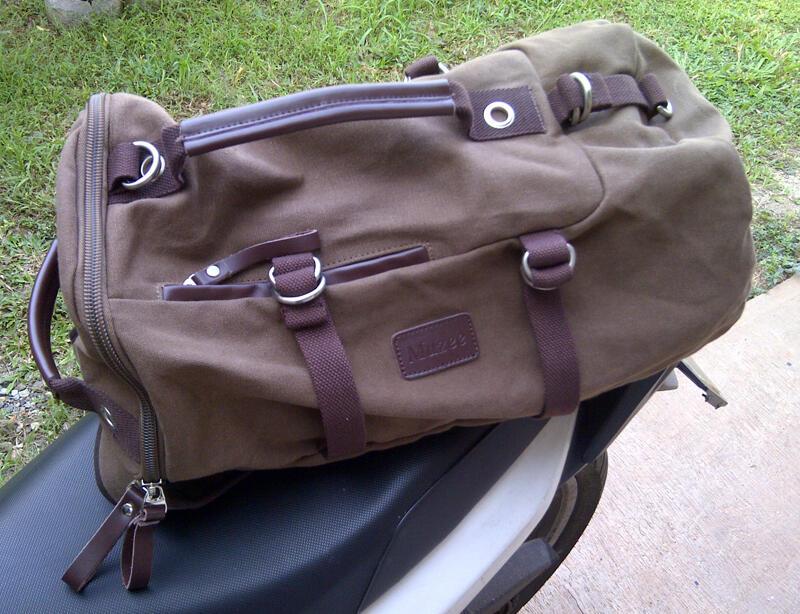 Men's Barrel Bag