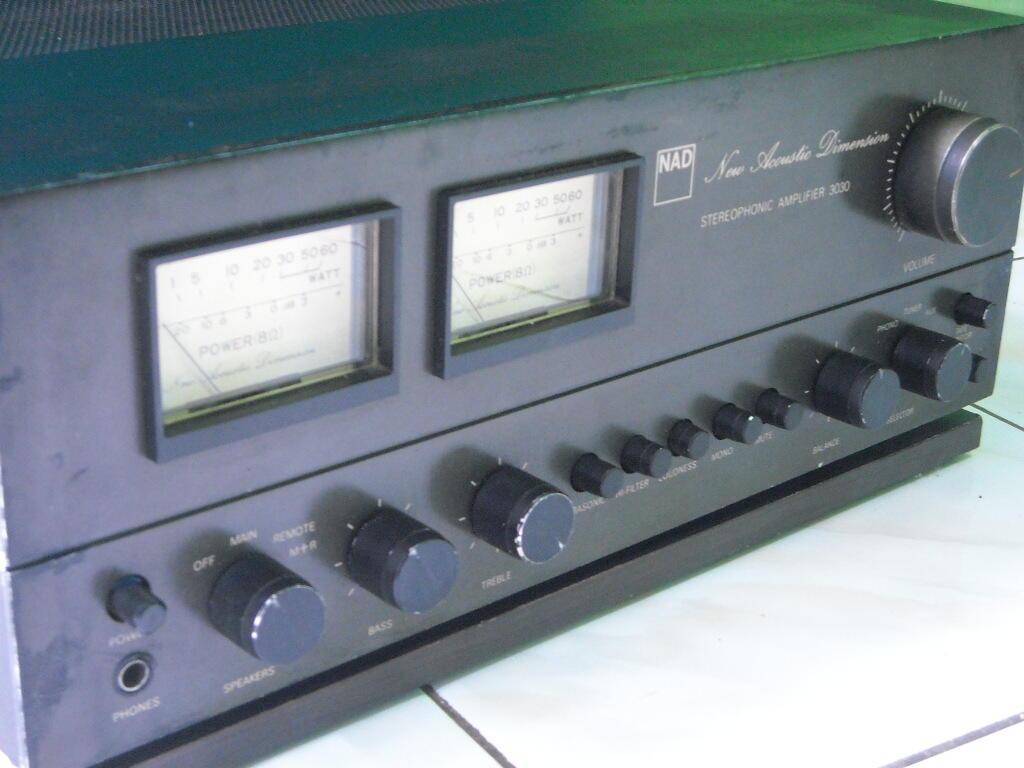 N A D 3030 sterio amplifier