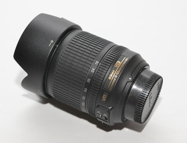 NIKON 18-105 VR (like new)