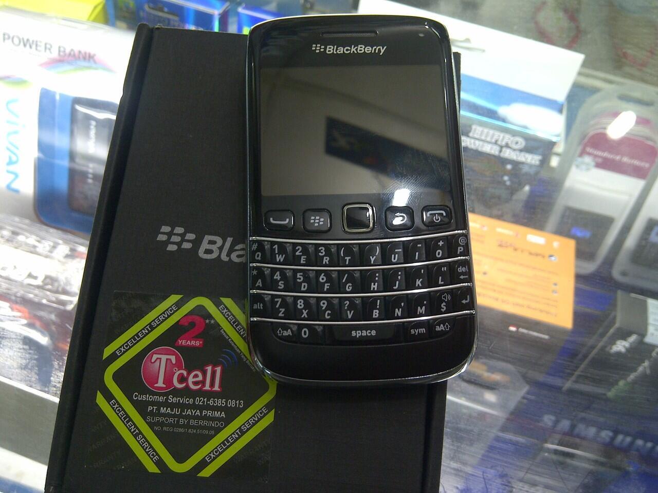 Dijual BB Onix 9790 Bellagio Black