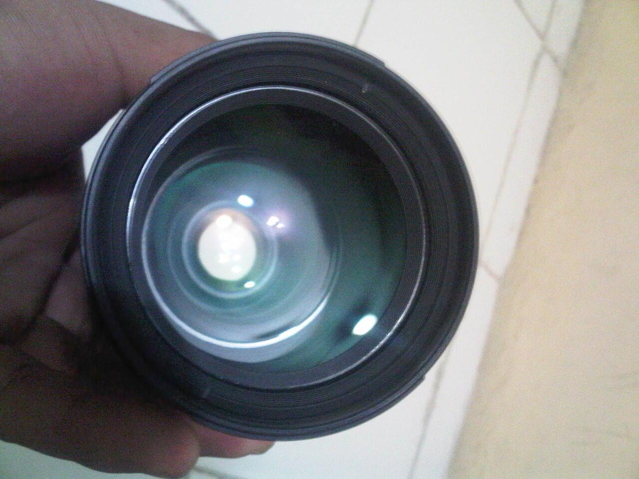 lensa Nikon 28-105mm f/3.5-4.5