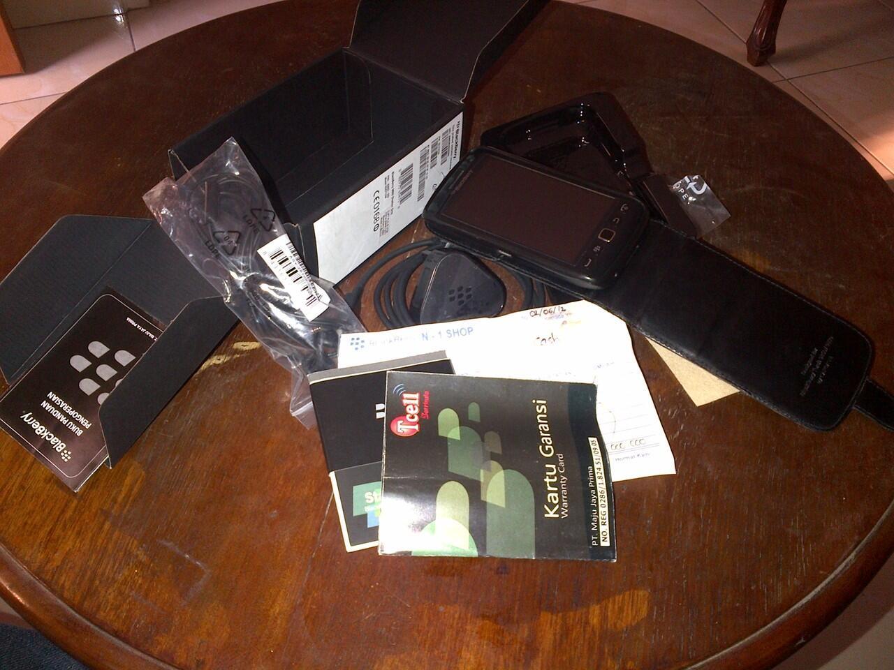 Jual blackberry MONZA 9860 mulus garansi panjang (Bandung)