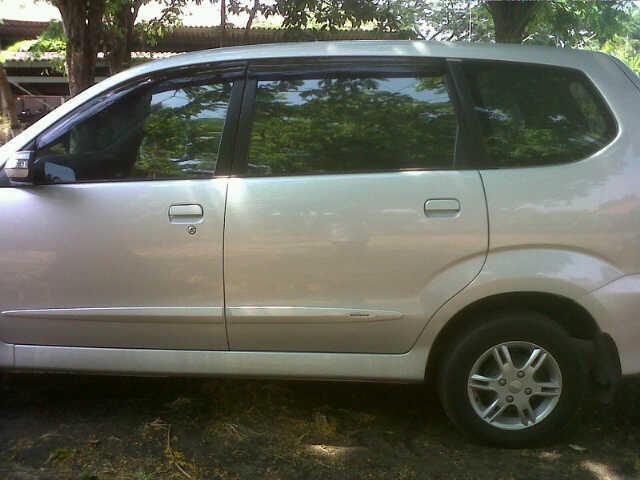 Daihatsu xenia over kredit