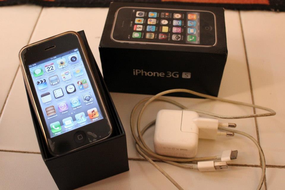 IPHONE 3gen 16gb