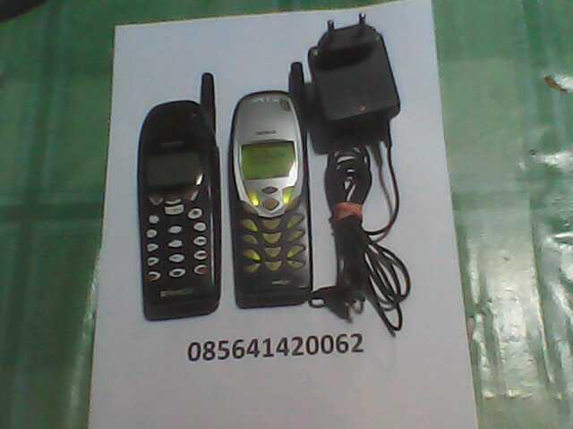 HP Nokia Antena JADUL beda tapi kembar CDMA ANTIK SOLO