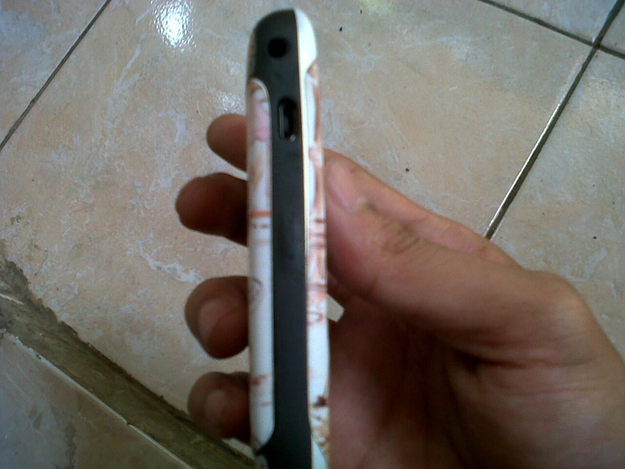 Blackberry Gemini Bandung white ex ce