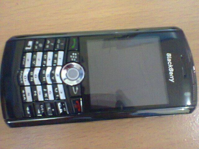 Blackberry 8100 New Cuman 500rb an, 100% mulus (Bonus Cendol)