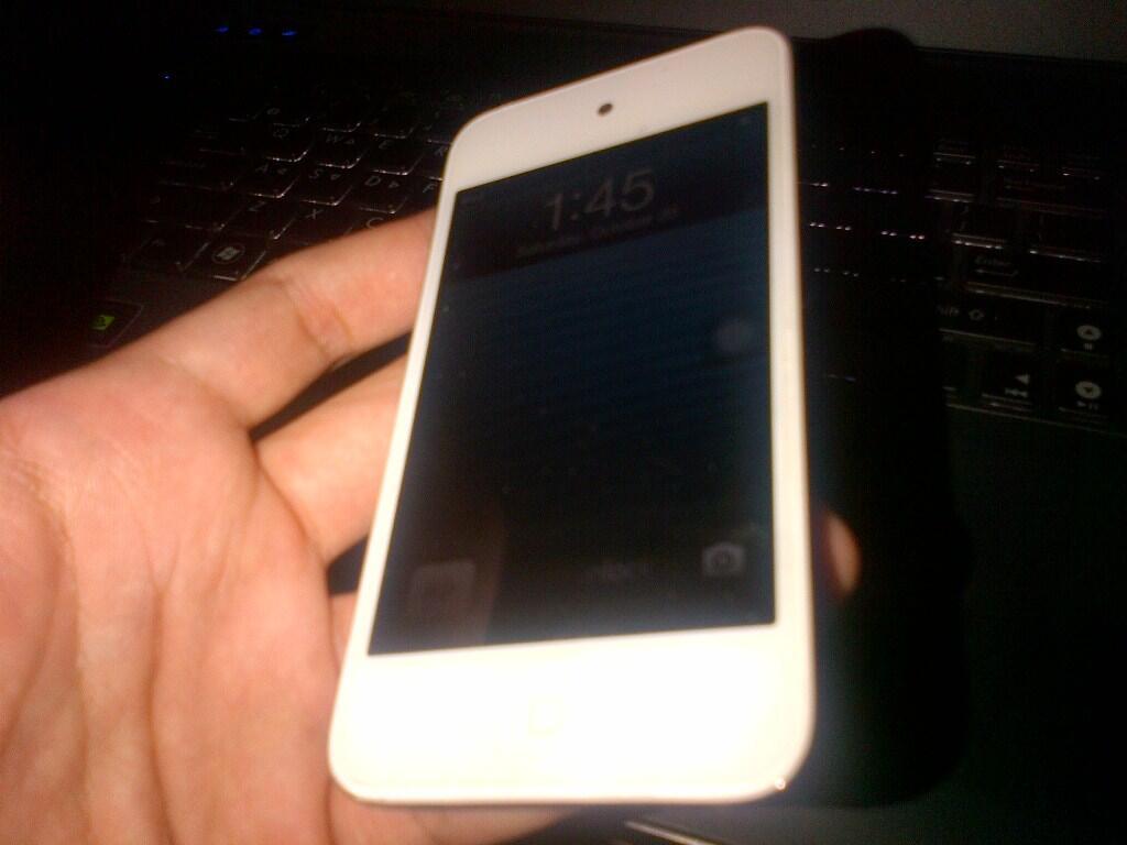WTS ipod touch 4th gen 32 gb batangan