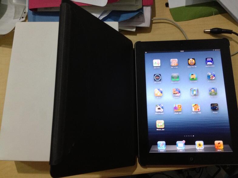Jual IPAD 3 16 GB Black WIFI - baru sebulan