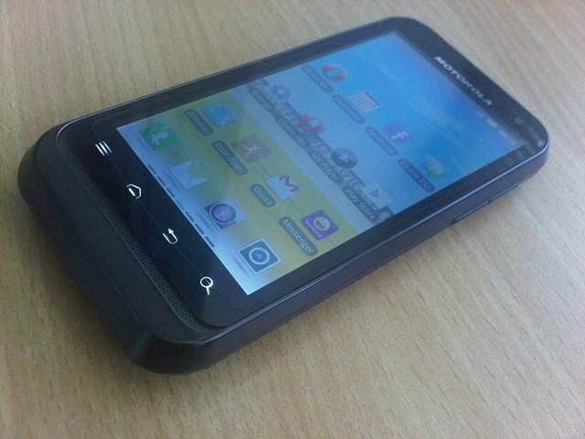 Motorola Defy Mini XT 535 Batangan Anti Air