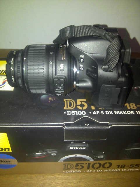Jual Nikon D5100 kit AF-S DX Nikkor 18-55mm F/3,5-5,6G VR