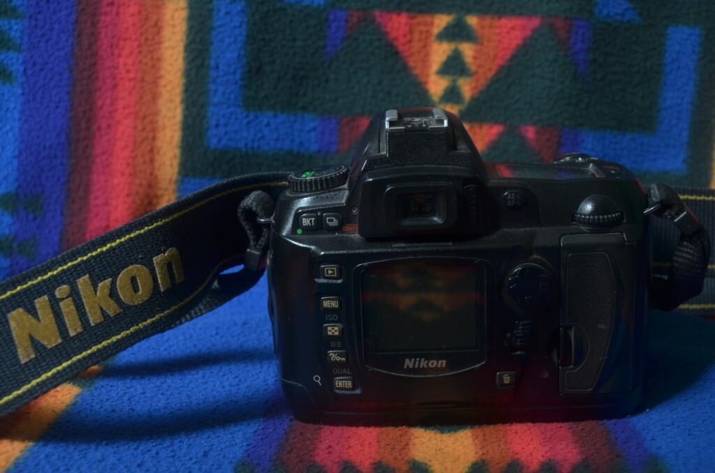 [henryogya] Body Nikon D70
