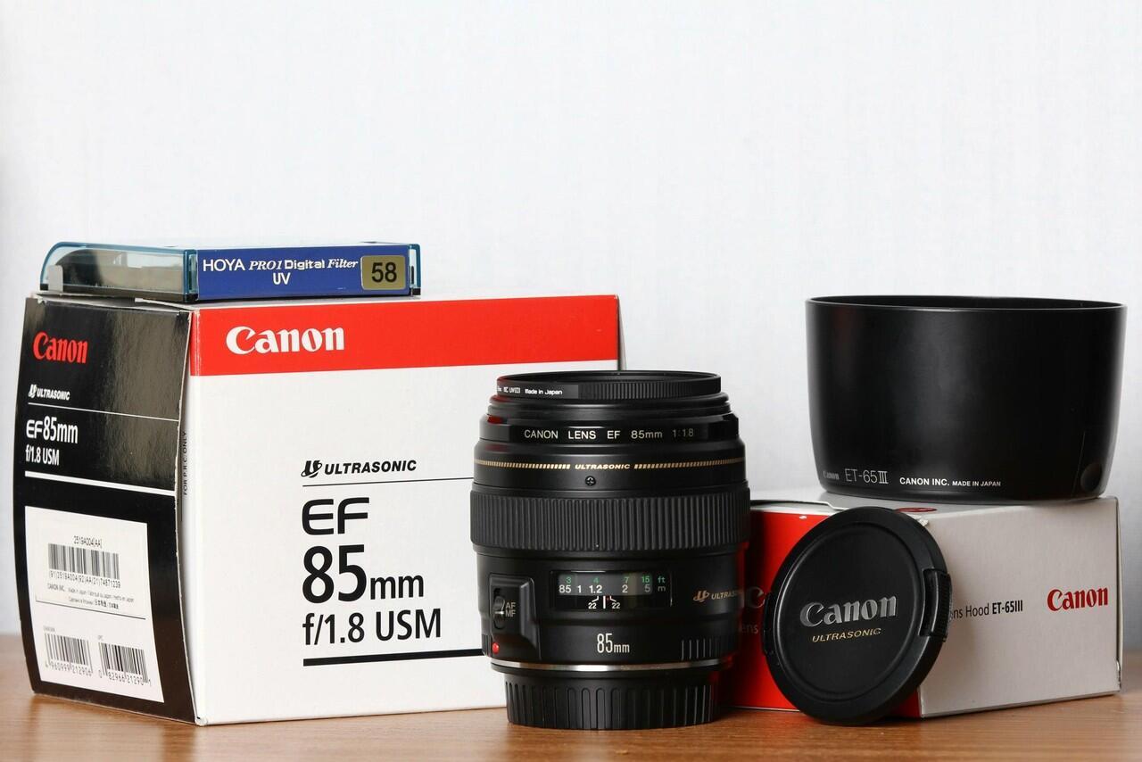 JUAL Canon fix lens EF 85mm f1.8 USM + Hoya Pro1 Digital + Lens Hood ET-65III