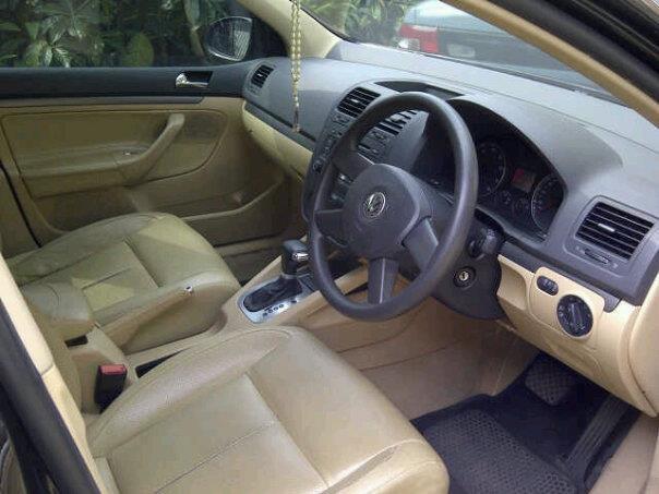 VolksWagen Golf A/T Tahun 2005