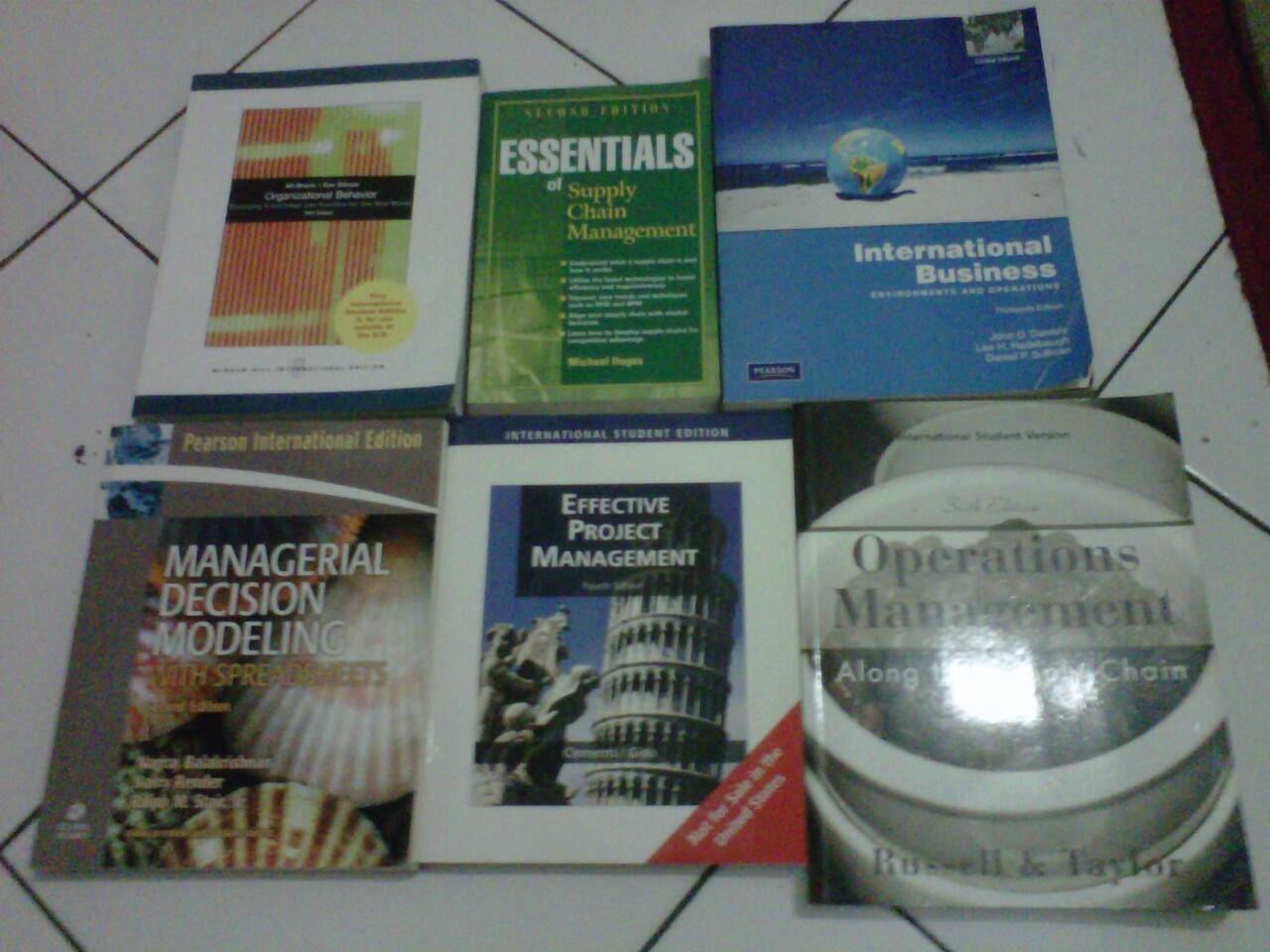 WTS Buku Pelajaran Impor untuk major Manajemen