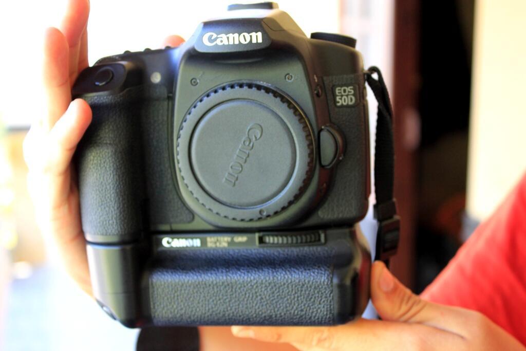 jual kamera canon eos 50d banyak plus plusnya