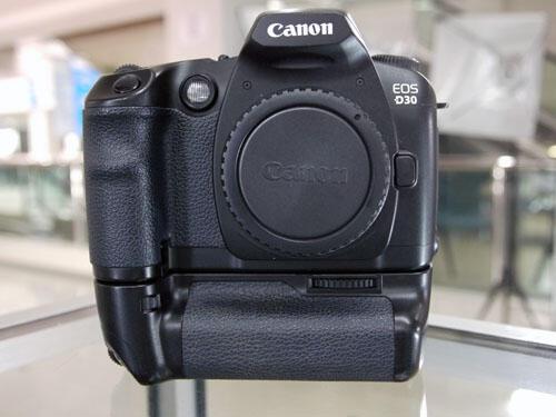 [KLIKcamera]Canon Eos D30+Battery Grip BG-ED3