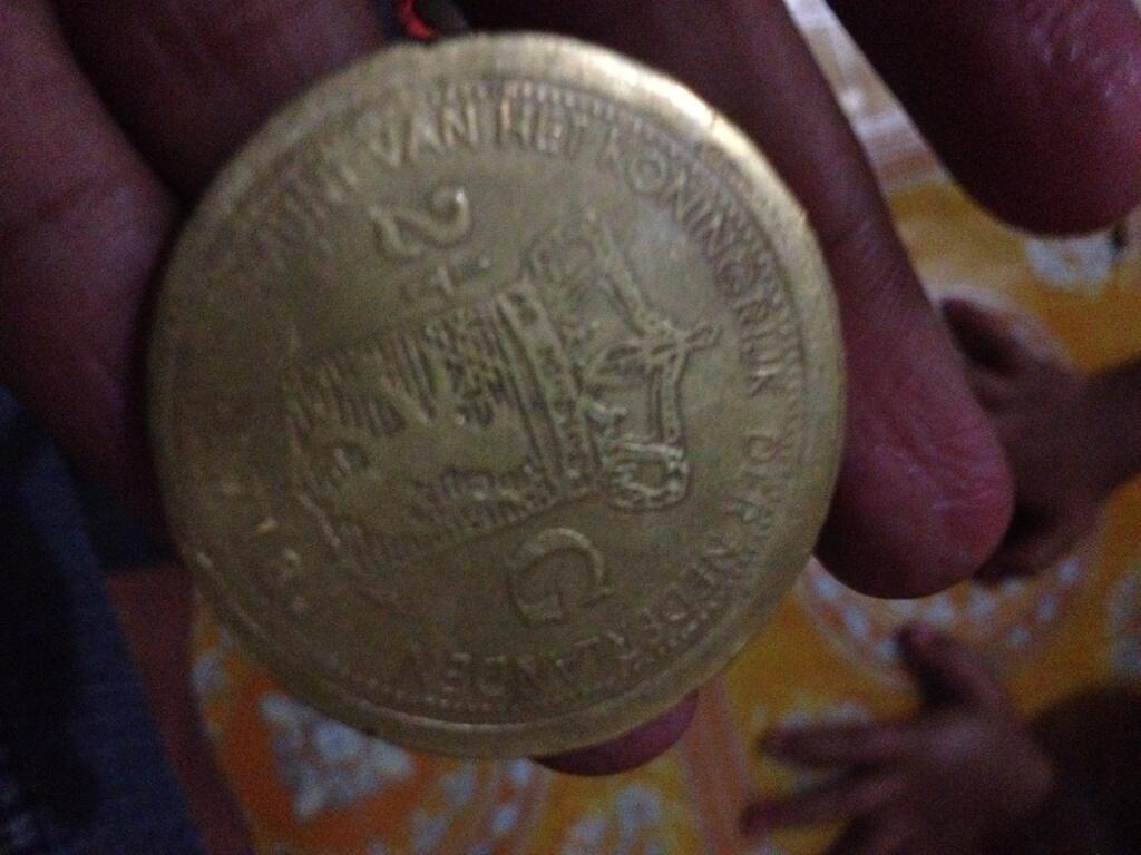 WTS: Koin Emas Willem Koning II Tahun 1718