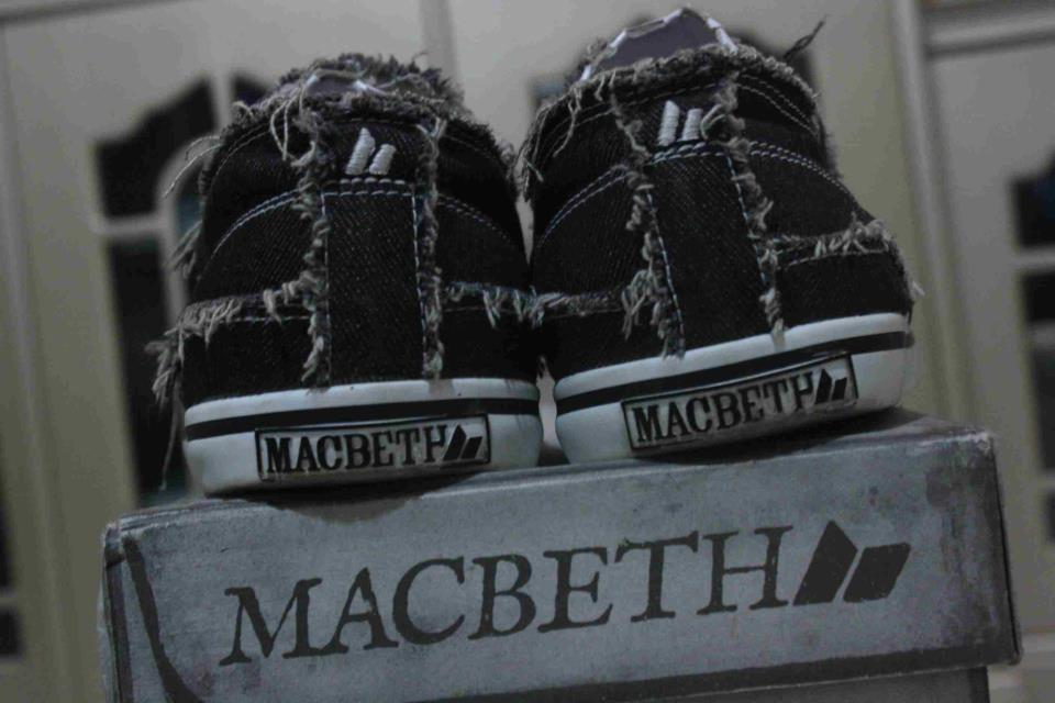 WTS>Macbeth Brighton Anthony Green, Matthew Eddie Breckenridge,Pendleton Black Cement