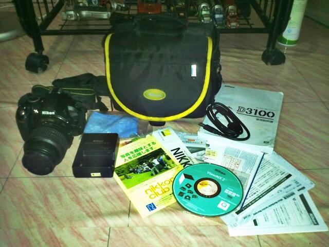 DSLR Nikon d3100 + lensa nikor 18-55vr kit, mampir gan :)