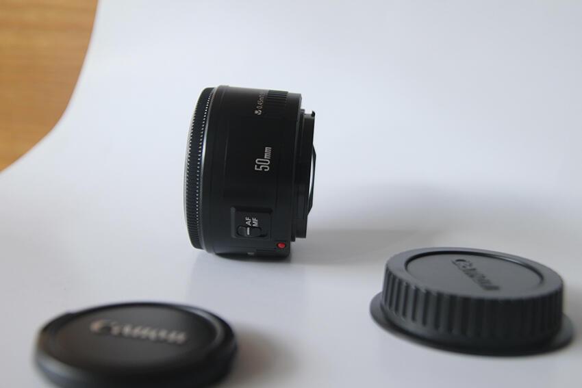 Canon 500D, Bonus Baterai 2 pcs Lensa Kit 18-55, Lensa 50 mm 1.8 mm