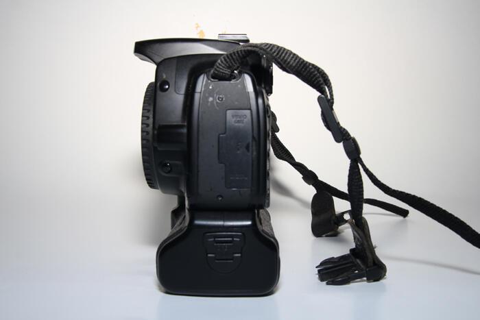 Dijual Canon 400D IR Tobacco + BG canon ori (murah pake meriah)