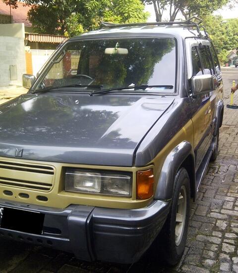 Isuzu Panther'96 Model Pajero