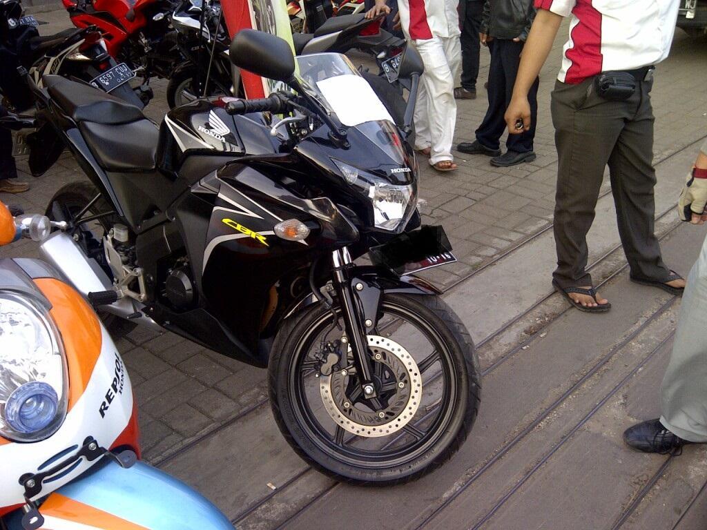 JUAL: [WTS] All New Honda CBR 150 2011