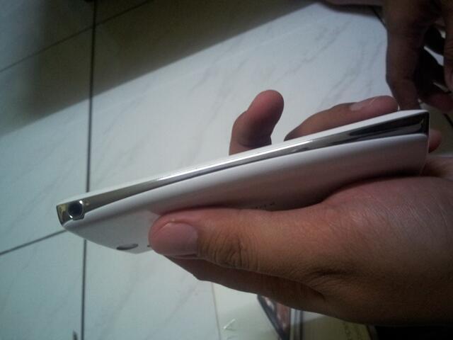 Sony Experia Arc S Lt18i white (putih)