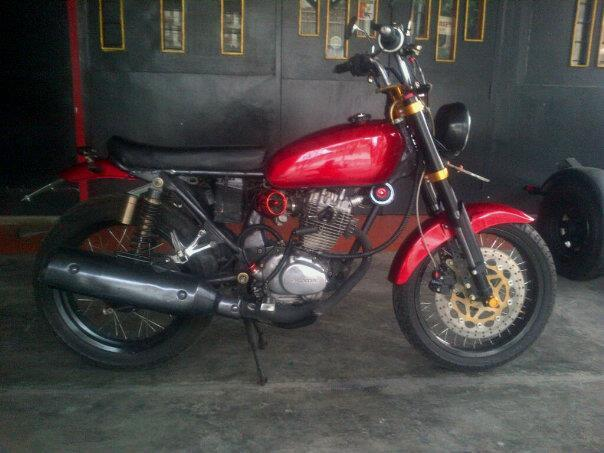 wts : CB 125 & HD Sportster (NEGO)