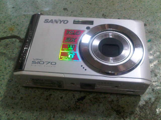 kamera digital sanyo s1070 mulus jogja