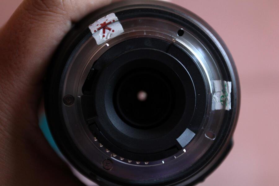 [WTS] LENSA NIKON DX AF-S NIKKOR 55-300mm f/4.5-5.6 G ED