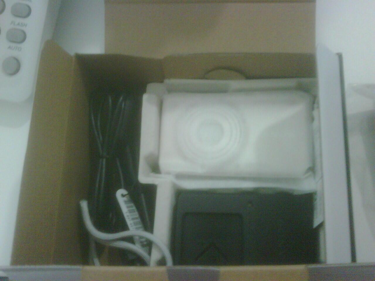 Camera Digital Sony DSC-W630 16MP, New.....