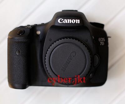 Canon EOS 7D BO GARANSI DS JUNI 2013 LIKE NEW!!!