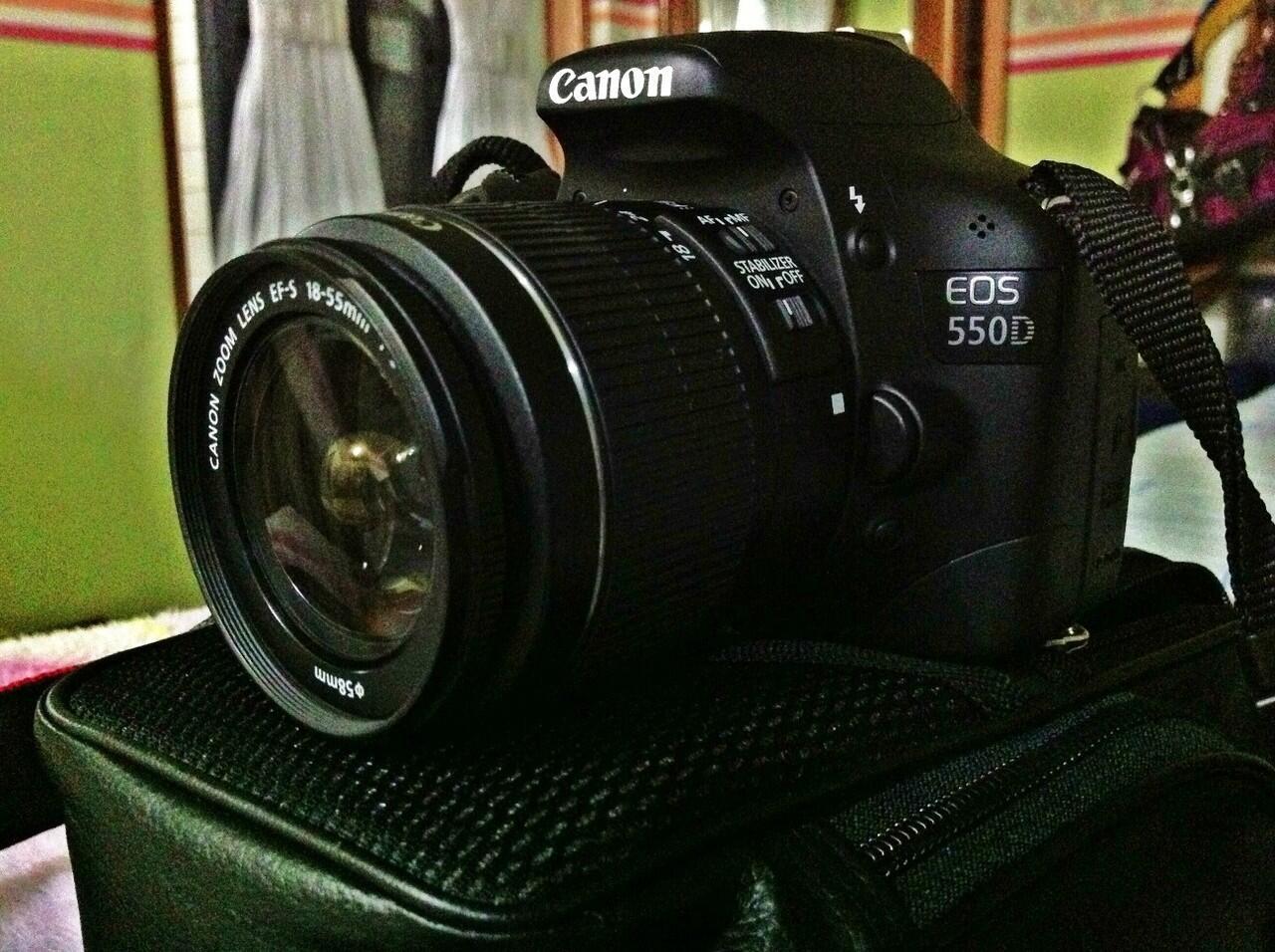 For sale SLR Canon EOS 550D like new no gores no lecet , garansi 1bln lagi