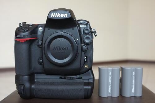 [Photography Solution] - Excelent Condition - Nikon D700 Body + MB-D10 + ENEL3e -