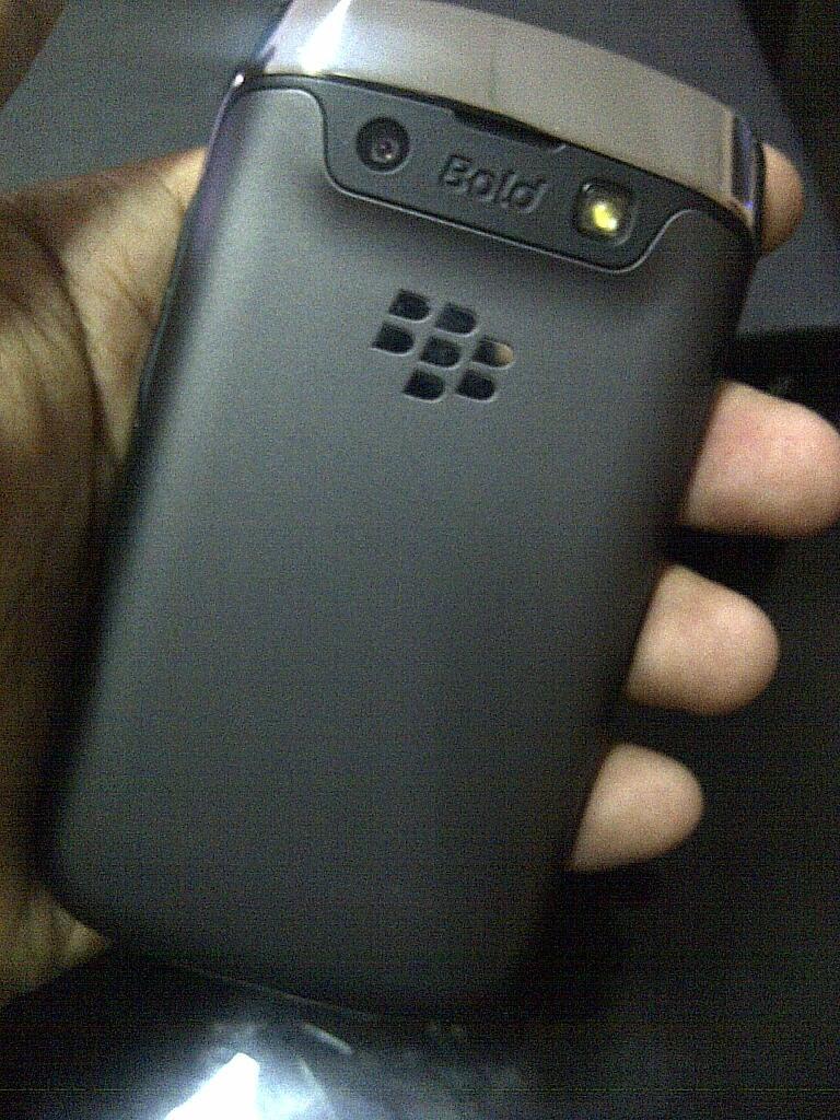 Blackberry Bold 9790 (Bellagio / Onyx 3) Black second 2minggu BLESS muluuus tenan..