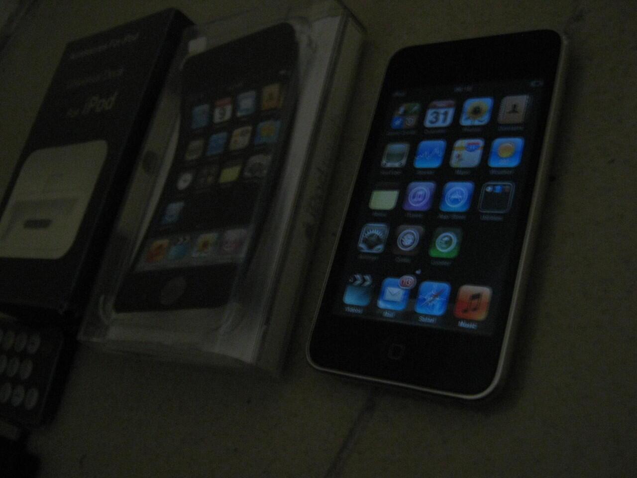 BANTAI iPod 2nd Gen udah murah fullset lagi