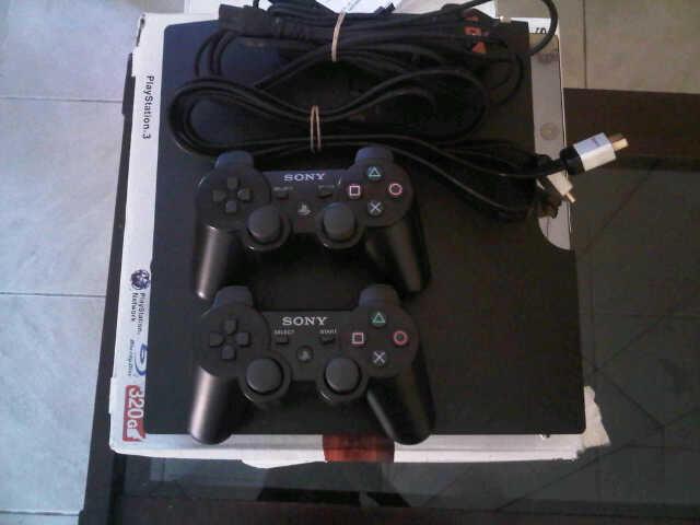PS3 Slim Black 320Gb NEW!! Dijual Cepat!
