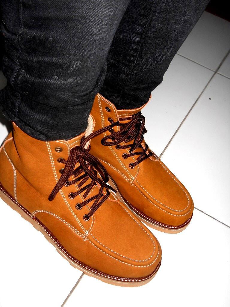 Moofeat Boots Dark Brown MURAH BANTING HARGA!