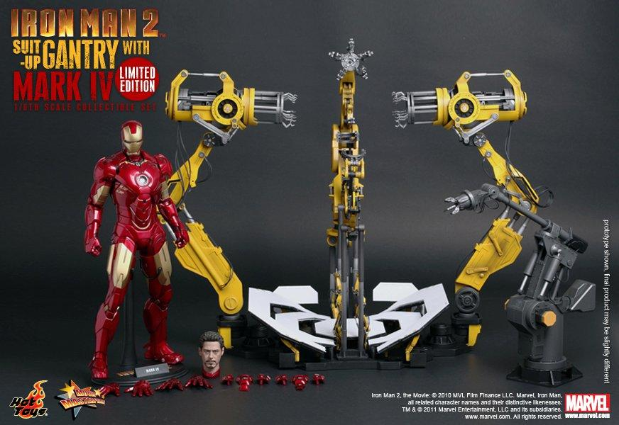 HOT TOYS SUIT UP GANTRY WITH MARK IV NEW