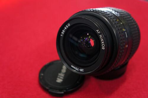 [KLIKcamera]Lensa Nikon 28-70mm f/3.5-4.5 AF-D