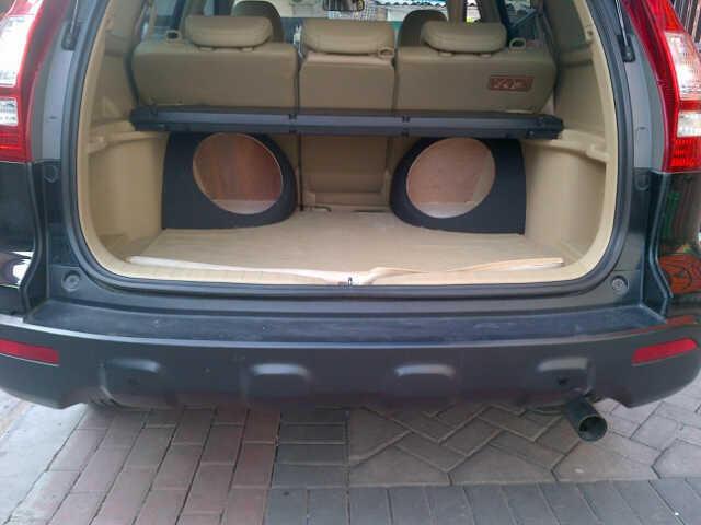 "Box Subwoofer Plug & Play "" VIP Car Audio Solution """