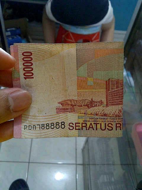 uang nominal 100.000 seri 788888