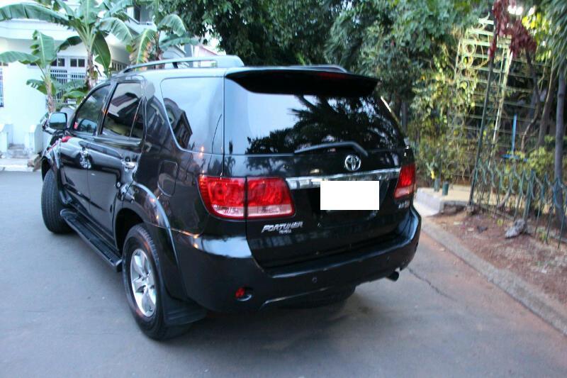 Dijual : Toyota Fortuner Diesel 2008 MT Black - Top Condition