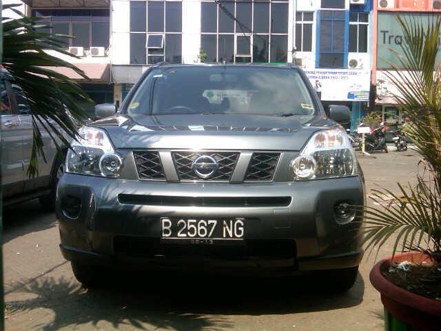 Jual Mobil NISSAN X - Trail 08 M/T